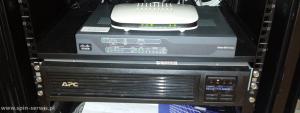 Zasilacz UPS i router z LTE