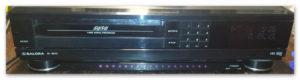 Magnetowid Salora SV8870 z cyfrową obróbką sygnału.