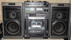 Boombox Hitachi TRK-9159E