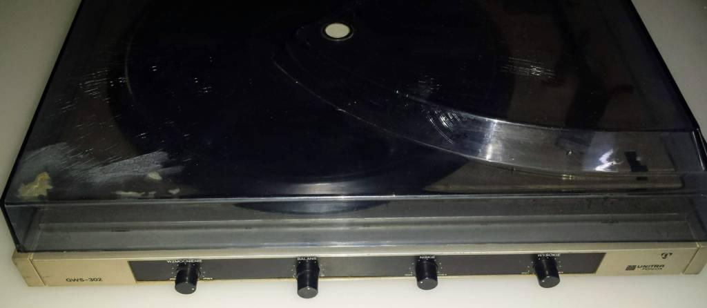 Vintage odnowione audio i inne urządzenia.